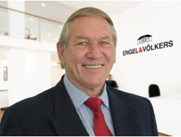 mr du toit Mr du toit was instrumental in handling relations south african arms dealer and the culpable homicide charge added by laura oneale ↑ guardian liberty voice.