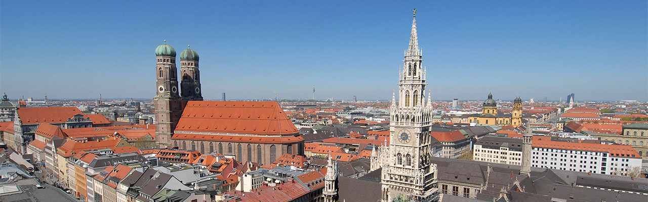 Real estate in Munich - Skyline of Munich - Marienplatz
