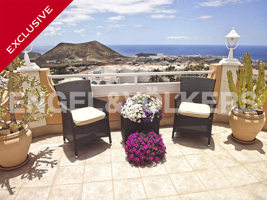 Costa Adeje - Property for sale in Tenerife: House in Chayofa, Tenerife South, Engel & Völkers Costa Adeje