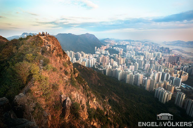 Hong Kong - lion-rock-summit-kowloon-hong-kong.jpg