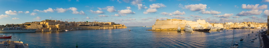 Real estate in Mriehel - Senglea panorama.jpg