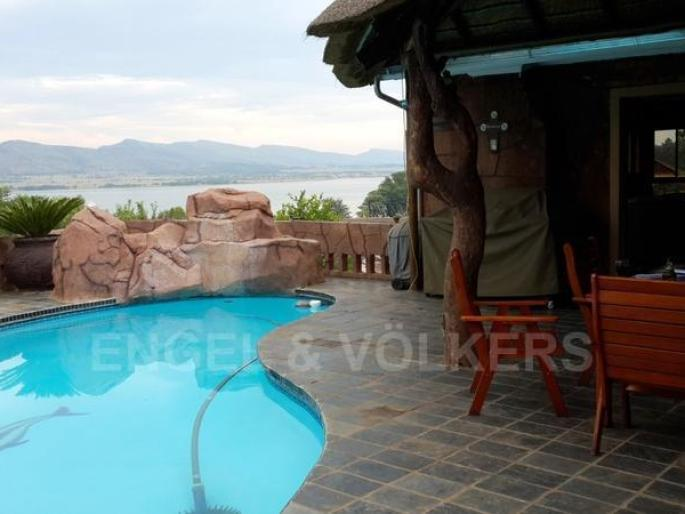 Real estate in Hartbeespoort Dam - 69842.jpg