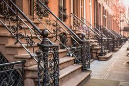 Properties to buy in Chelsea