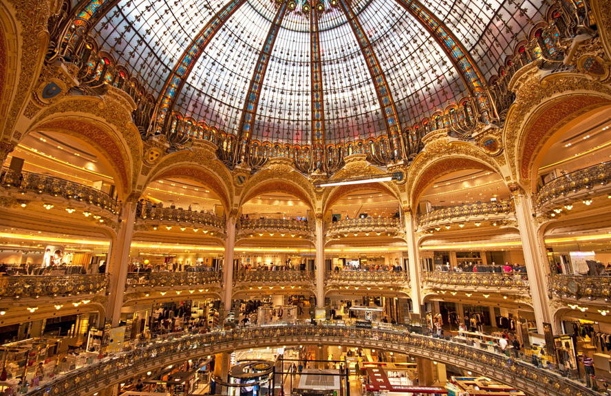 Paris - Verrière Galeries Lafayette - Crédit photo : Botond Horvath