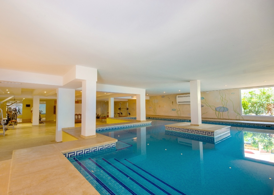 Artá - Residential Betlem - Indoor swimming pool and Fitness room with sauna