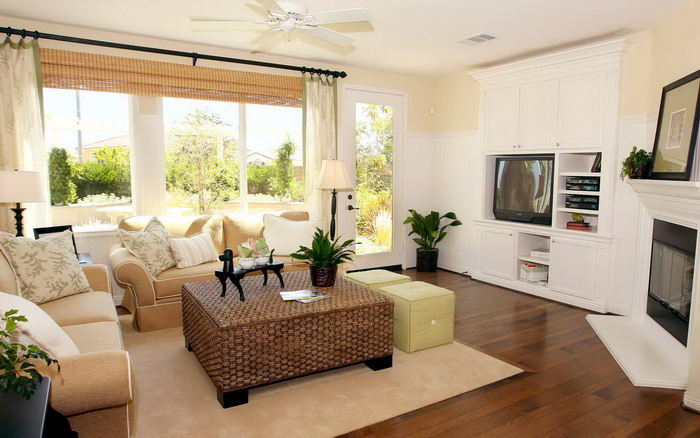 95 Caine Road, Mid Levels - Interesting-Living-Room-Design-with-Large-Brown-Sofa.jpg