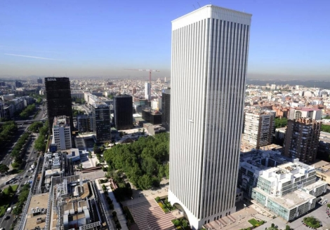 Madrid - torre picasso.jpg