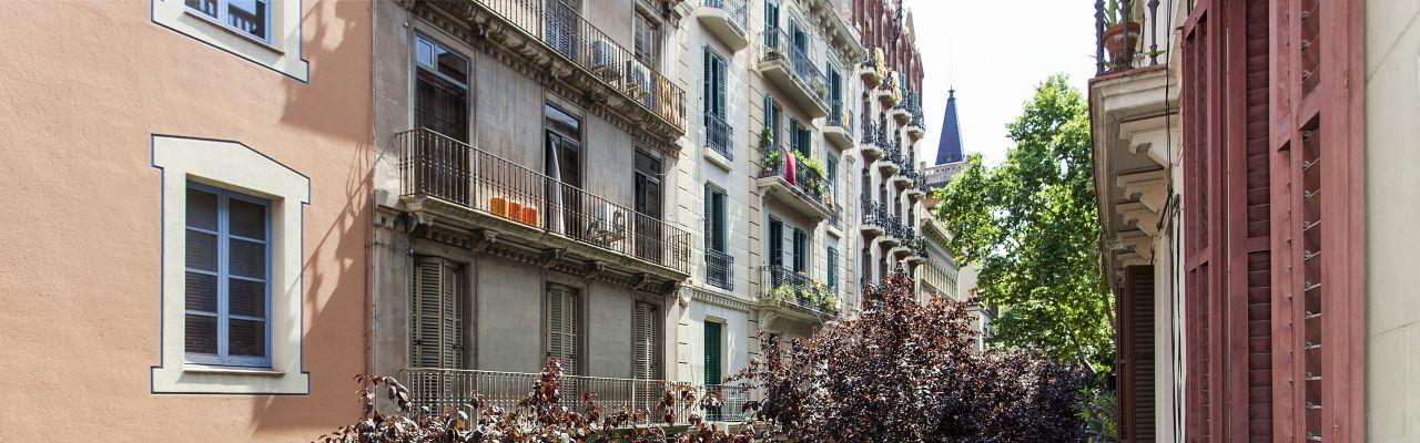 Casas y pisos en gracia en venta y alquiler inmobiliaria en barcelona - Inmobiliaria la casa barcelona ...