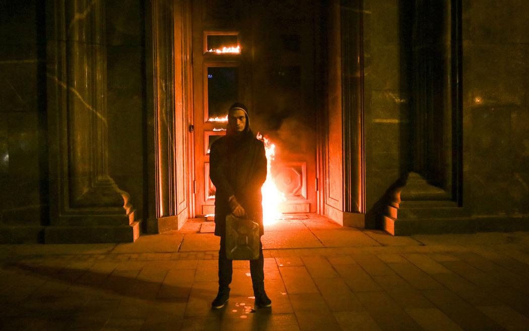 Акция «Горящая дверь Лубянки», 2015 г.