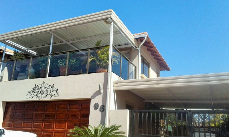 Real estate in Hartbeespoort Dam - 90519.jpg