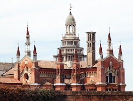Certosa_di_Pavia_from_a_distance.jpg