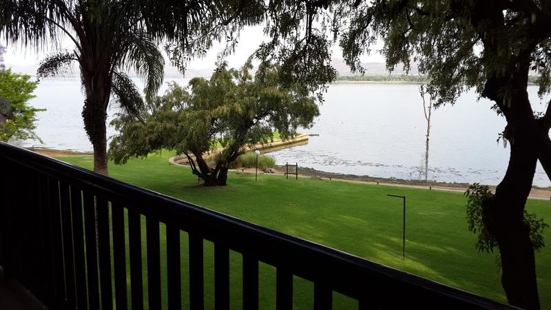 Real estate in Hartbeespoort Dam - 76363.jpg