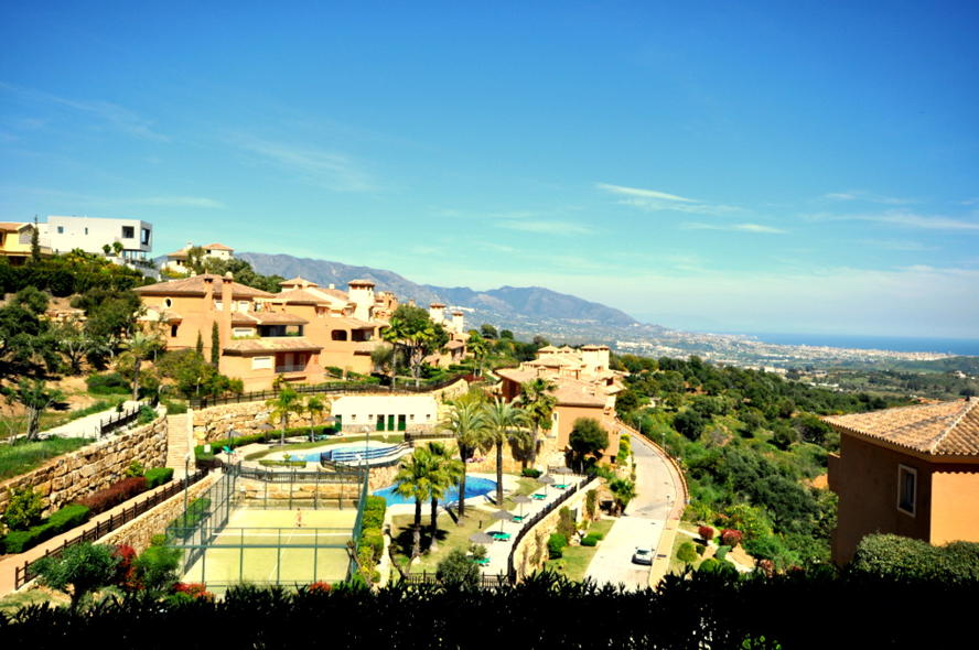 Marbella - wide view.JPG