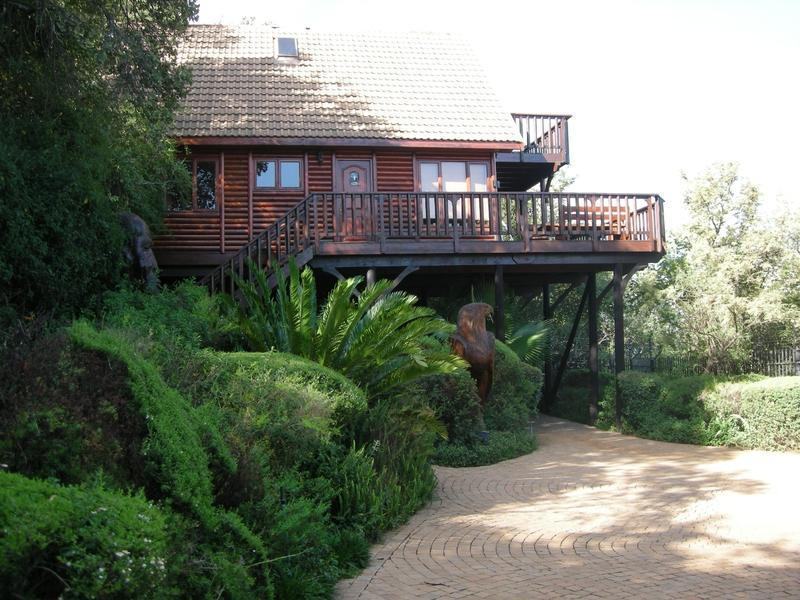 Real estate in Hartbeespoort Dam - 85010.jpg