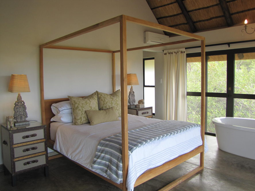 Hoedspruit - image of bedroom Balule