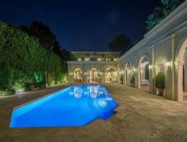 Exclusive villa in Puente Romano
