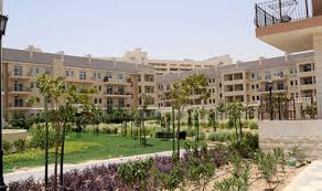 Dubai - The internal areas are filled with divine greenery in the heart of the beautiful desert city of Dubai.