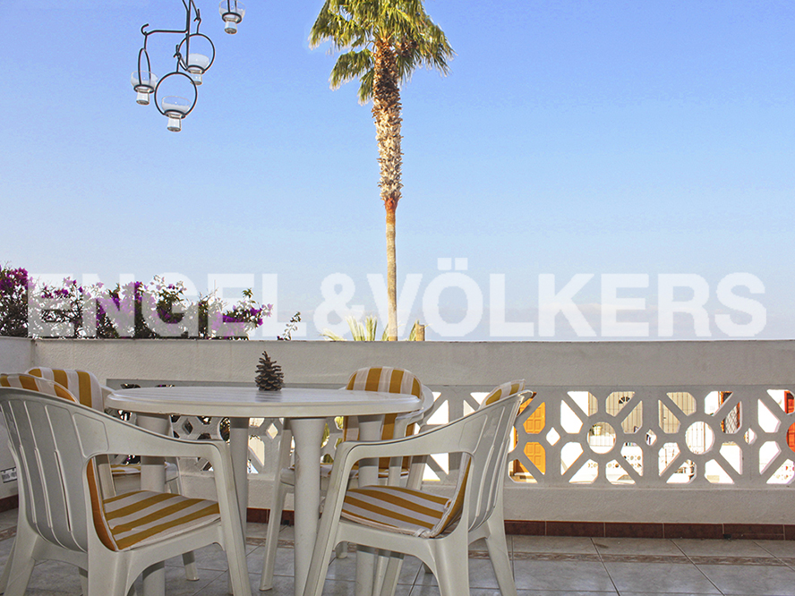 Costa Adeje - Property for sale in Tenerife: Apartment in Los Gigantes, Tenerife South, Engel & Völkers Costa Adeje