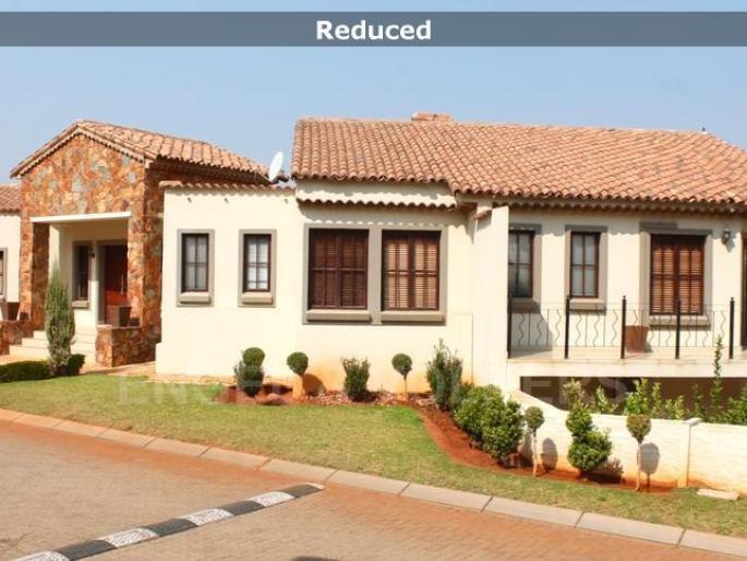Real estate in Hartbeespoort Dam - 83126.jpg