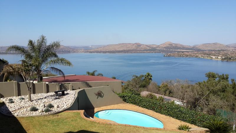 Real estate in Hartbeespoort Dam - 72820.jpg