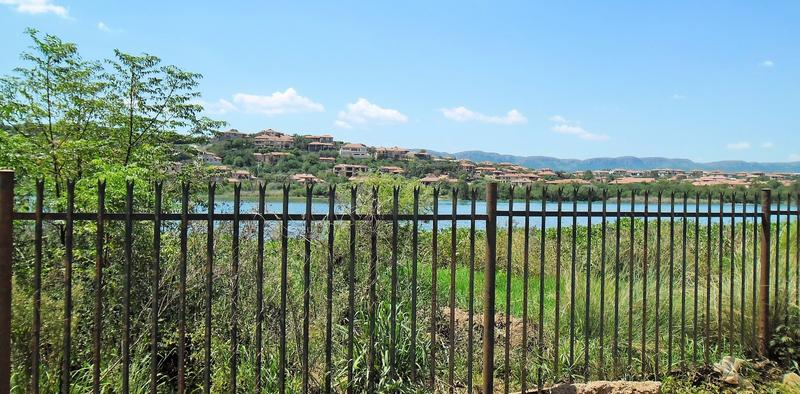 Real estate in Hartbeespoort Dam - 86398.jpg