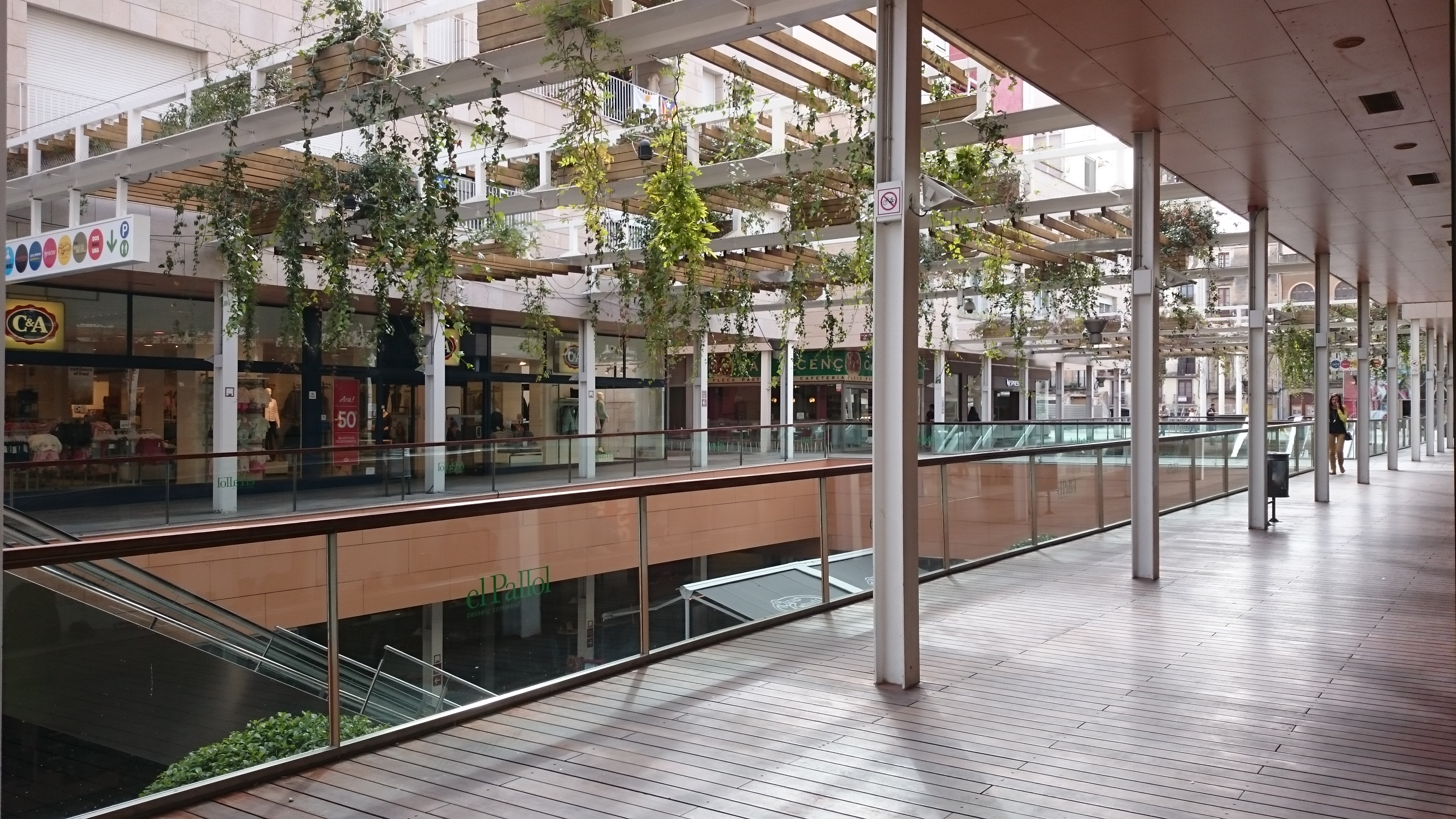 Casas y pisos en venta y alquiler en salou reus su for Pisos alquiler reus terraza