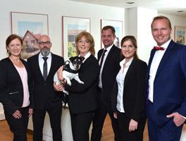 Immobilien verkaufen und vermieten mit E&V Norderstedt: Villa, Haus, Reihenhaus, Wohnung, Eigentumswohnung, Grundstück und Baugrundstück