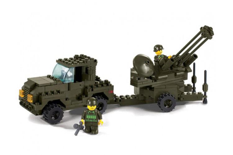 Воздушные войска: грузовик и зенитная установка