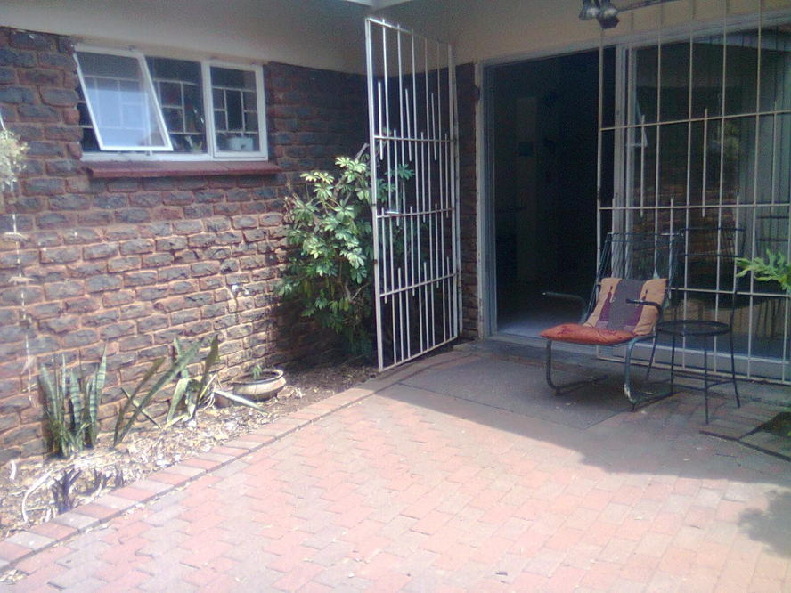 Real estate in Hartbeespoort Dam - 84887.jpg