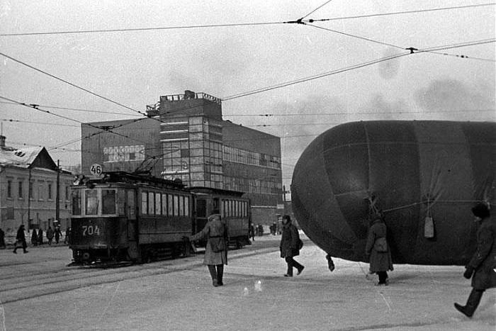Застава Ильича в дни обороны города. 1941 год. Фото: Pastvu